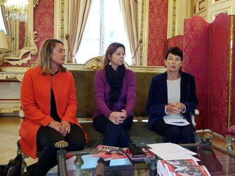 Séverine Valette, co-fondatrice de Profesion'L, Anne-Sophie Condemine et Thérèse Rabatel, adjointe au maire déléguée à l'Égalité femmes-hommes