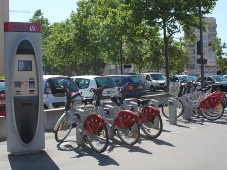 Les vélo'v seront gratuits pendant une heure à Lyon - Lyonmag.com