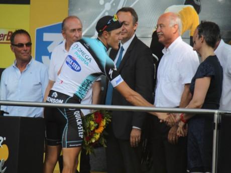 Matteo Trentin sur le podium - LyonMag.com