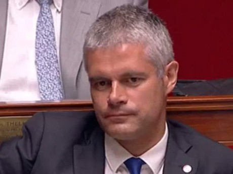 Laurent Wauquiez face à la réponse du Premier ministre - DR