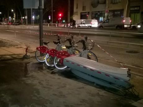 La station Velo'v a été détruite, une personne a été blessée - LyonMag