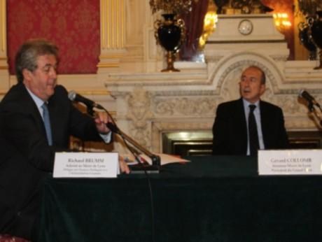 Richard Brumm, adjoint au maire chargé des Finances et Gérard Collomb, sénateur-maire étaient plutôt enthousiastes vendredi - Photo Lyonmag.com