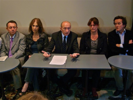 Collomb et les soutiens d'Hollande mardi matin - Photo LyonMag