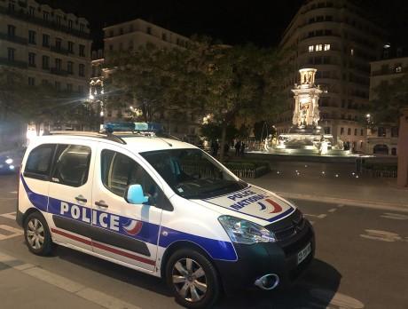 La police présente en Presqu'île le soir vendredi dernier - LyonMag