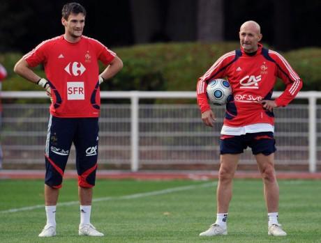 Lloris cotoie Fabien Barthez durant les rassemblements de l'équipe de France - DR