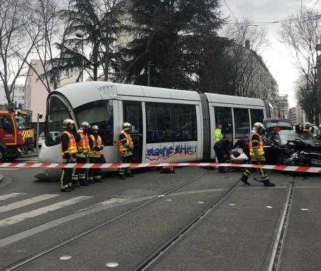 Un tramway de la ligne T1 avait déjà déraillé à Villeurbanne samedi dernier - DR