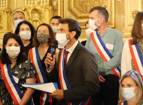 Grégory Doucet entouré de ses adjoints - LyonMag