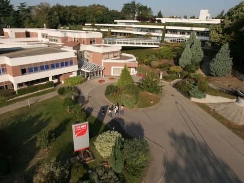 Le campus écullois d'emlyon business school - DR