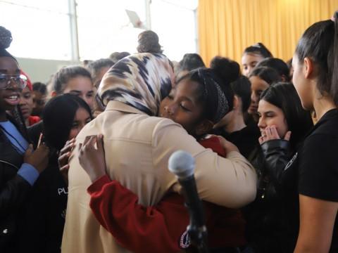 Latifa Ibn Ziaten à la rencontre des collégiens - LyonMag