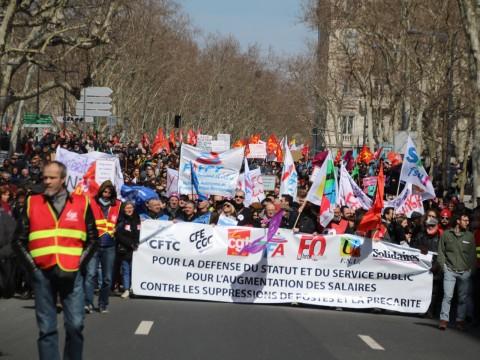 Entre 10 000 et 15 000 personnes ont formé un cortège à Lyon - Lyonmag.co