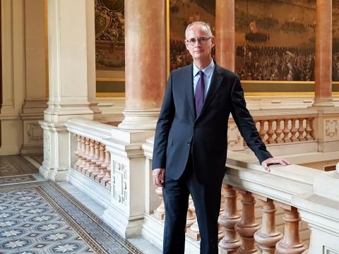 Le préfet Stéphane Bouillon sous les ors de la préfecture - LyonMag