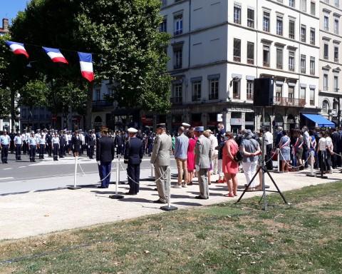 La cérémonie d'hommages place Maréchal Lyautey - LyonMag