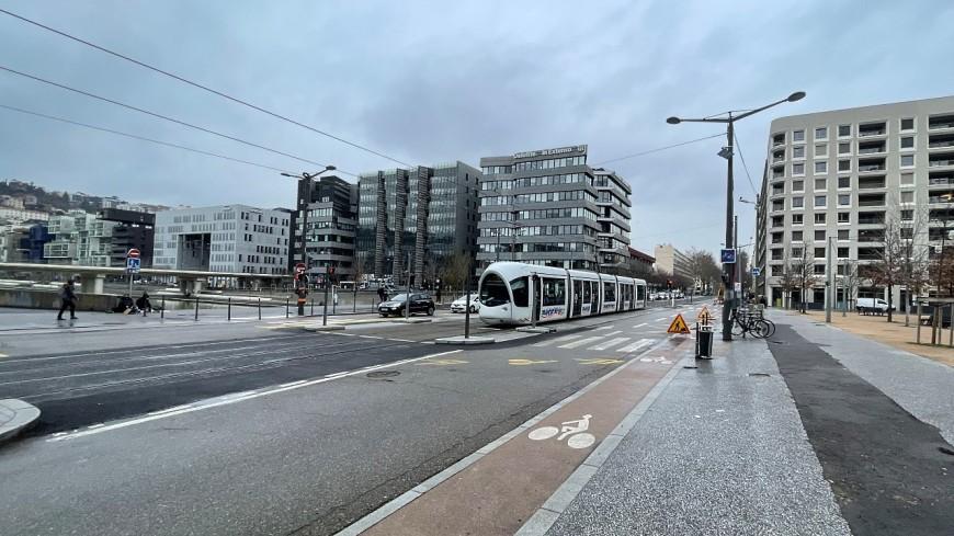 Lyon : début mi-mars de la piétonnisation de la Confluence, une végétalisation annoncée