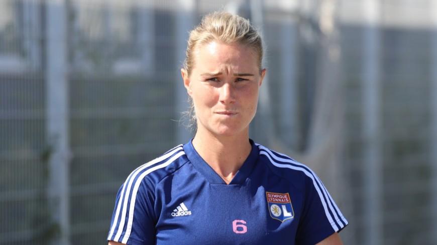 OL féminin : Amandine Henry éloignée des terrains au moins 15 jours