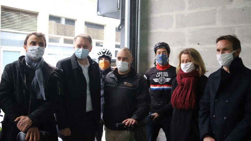 Lyon : Bruno Bernard et Grégory Doucet accueillent Barbara Pompili sans enthousiasme