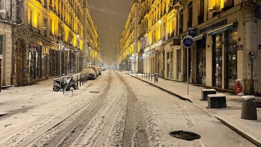 Neige à Lyon : vers une journée difficile sur les routes ce vendredi ?
