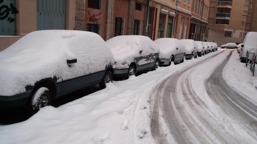 Fort risque de neige dans le Rhône : des mesures de restriction de circulation mises en place par la Préfecture