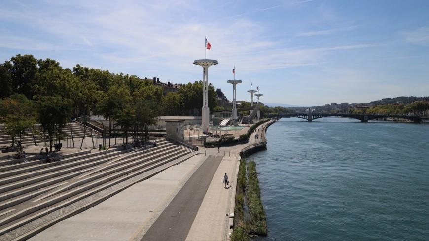 Lyon : un homme secouru après avoir sauté dans les eaux du Rhône