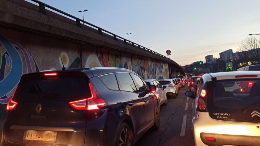 Des bouchons monstres à Lyon à cause d'un accident sur l'A7
