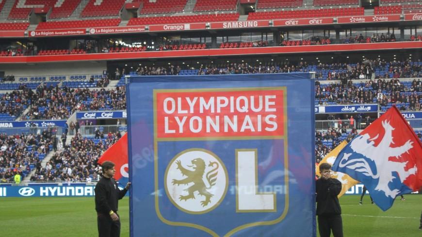 """Lyon ville-test pour le retour des supporters dans les stades ? La ministre est repartie """"avec un dossier sous le bras"""""""