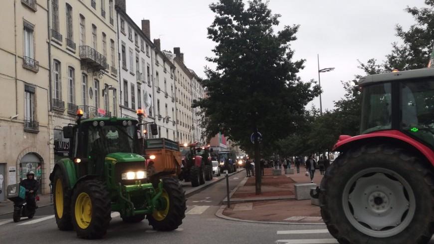 Lyon : les agriculteurs devant la mairie ce lundi contre les repas sans viande dans les cantines