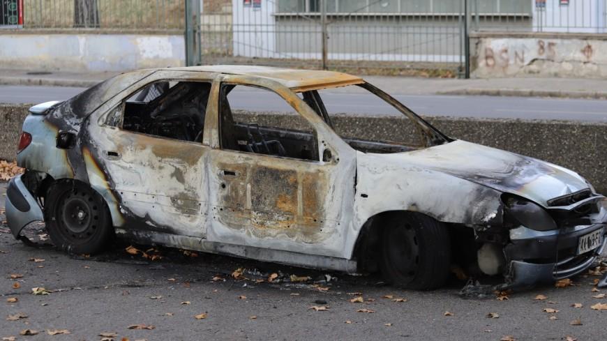 Des voitures incendiées près de Lyon