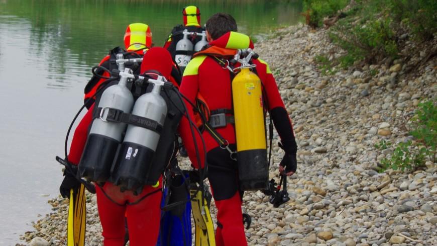 Le corps d'un octogénaire retrouvé dans un lac au nord de Lyon