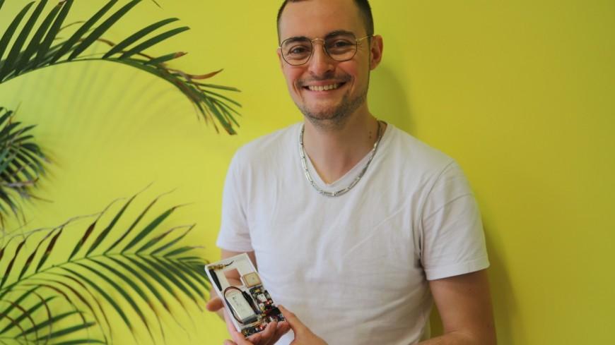 Lyon : il invente une coque antivol autonome pour les téléphones portables