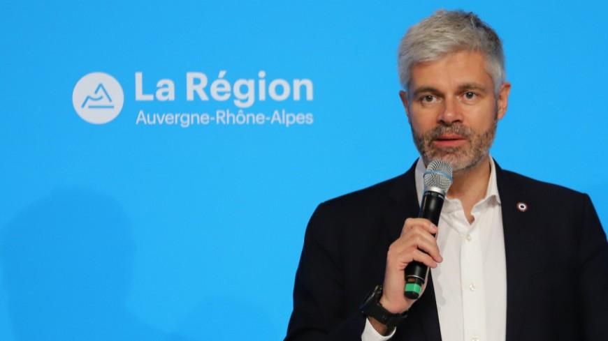"""Accusé de """"favoritisme et copinage"""" à la Région, Laurent Wauquiez attaque Jean-François Debat en diffamation"""
