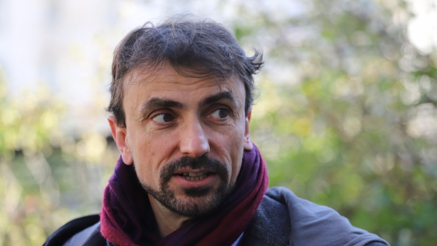 """Menus sans viande dans les cantines de Lyon : pour Grégory Doucet, le ministre de l'Agriculture aurait """"dû être viré sur-le-champ"""""""