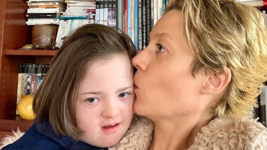 """""""1 chance sur 666"""": le témoignage de la maman de Valentine, 11 ans, atteinte de trisomie 21"""