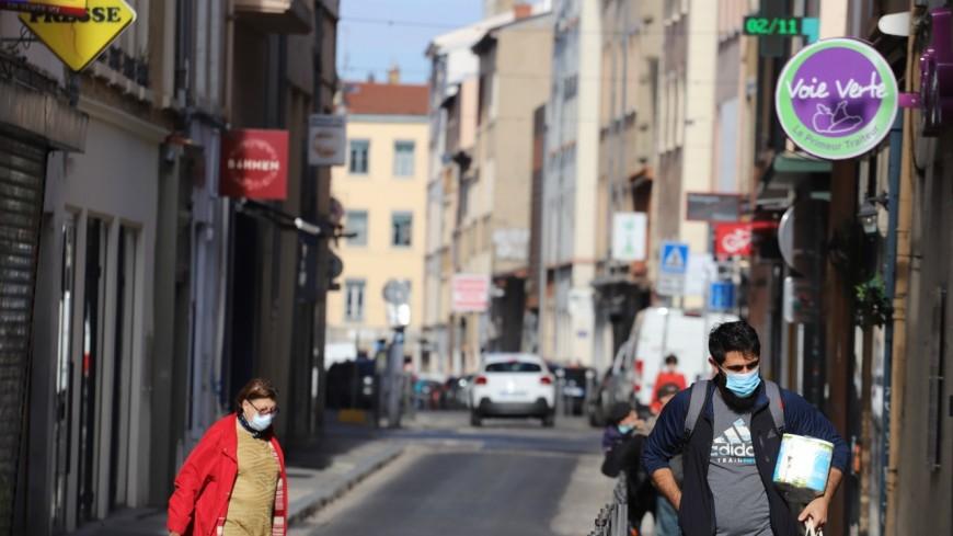 Fermeture des commerces non-essentiels, déplacements interdits à plus de 10 km : le Rhône et Lyon se reconfinent