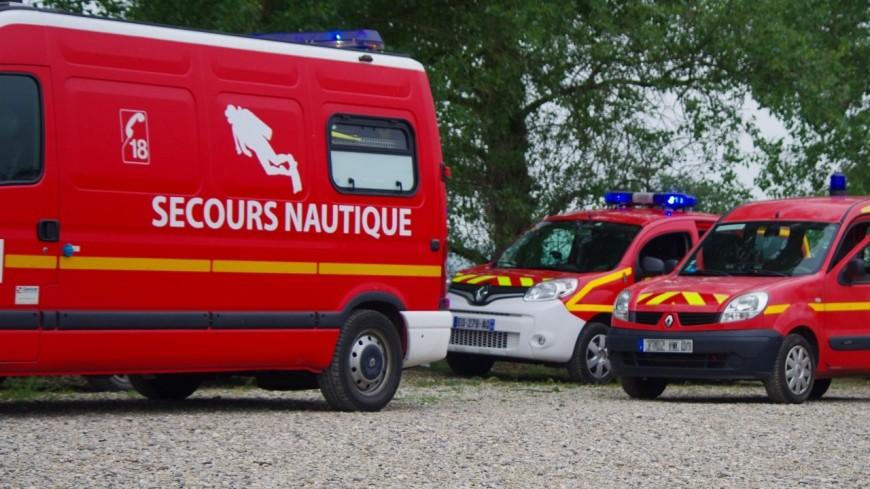 Près de Lyon : la barque de deux pêcheurs se retourne dans la Saône