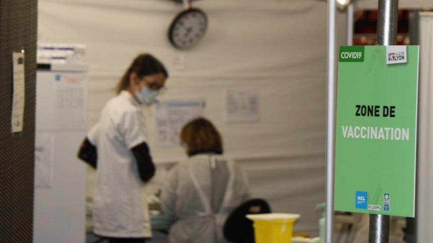 Lyon : le vaccinodrome de Gerland réaménagé pour atteindre 2000 vaccinations par jour