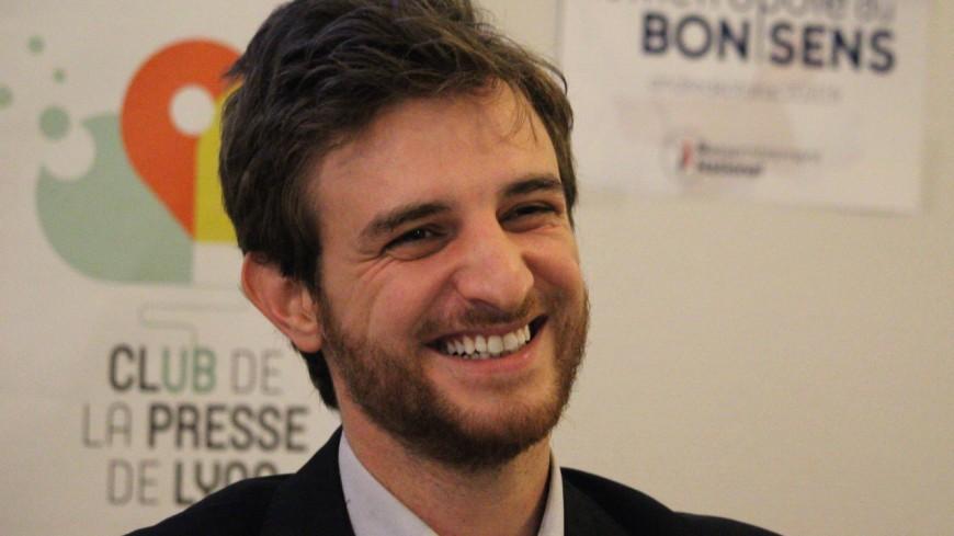"""Régionales : """"la gauche est devenue une secte islamo-gauchiste"""" selon Andrea Kotarac (RN)"""