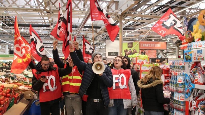 Près de Lyon : appel à la grève ce samedi chez Carrefour, le magasin de Givors fermé