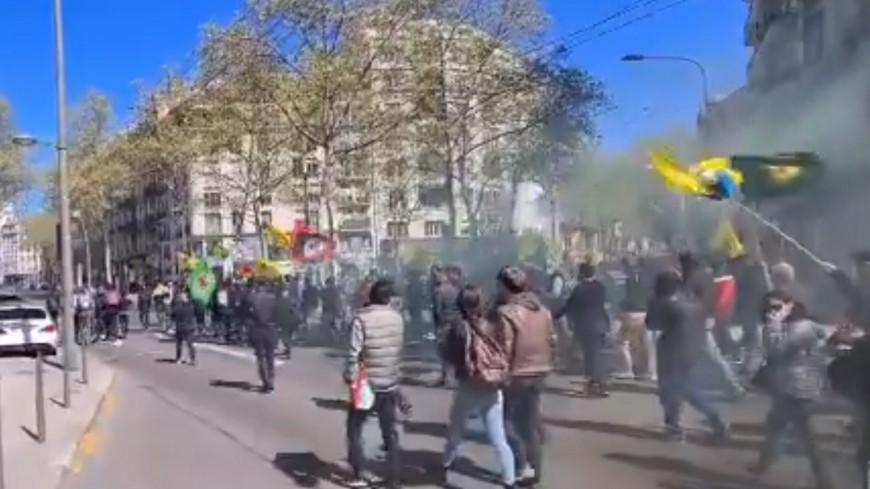 Un commerce turc dégradé au lendemain de l'attaque d'un local kurde à Lyon