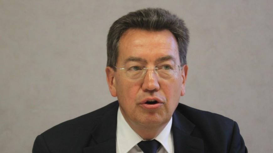 """Phillipe Cochet dénonce la """"volte-face du gouvernement"""" sur la vaccination des enseignants"""