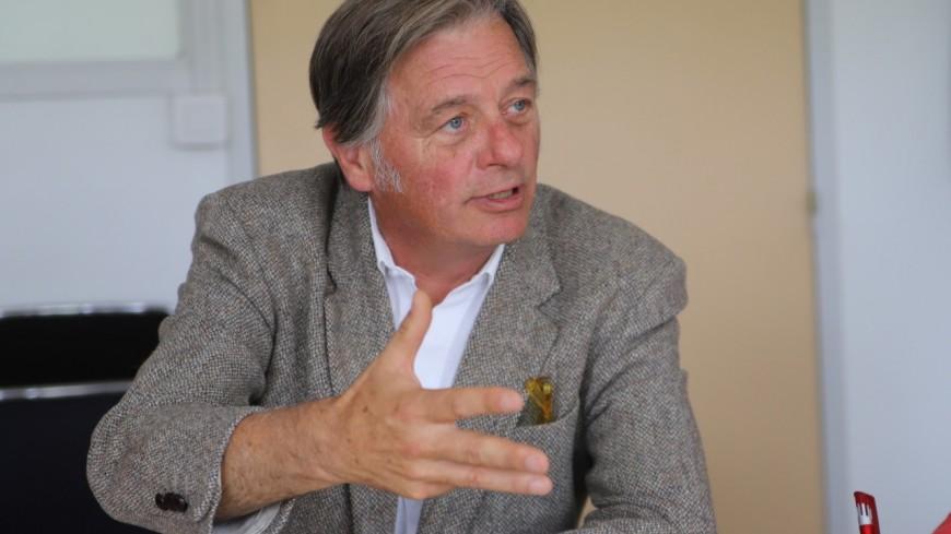 Covid-19 : le député du Rhône Cyrille Isaac-Sibille réclame le déploiement des autotests dans les écoles