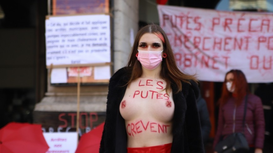"""Lyon : les prostituées manifestent pour """"la décriminalisation complète"""" de leur travail"""