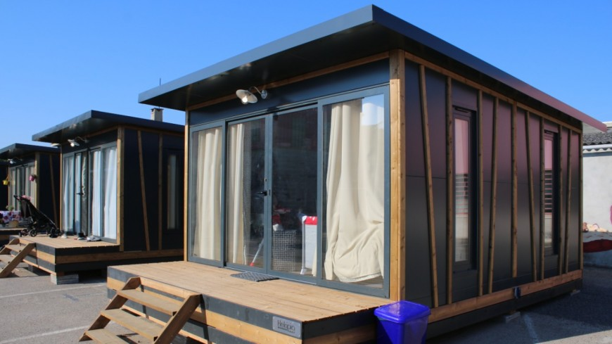 """Villeurbanne : des """"Tiny house"""" pour des mères isolées"""