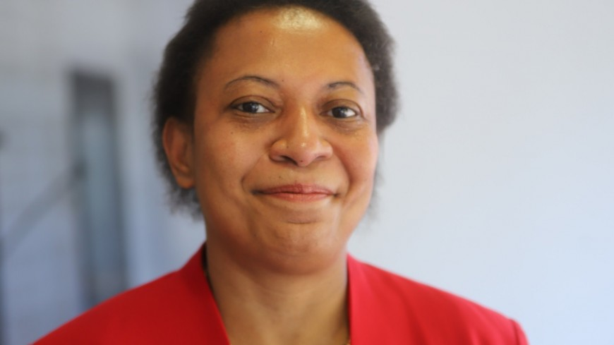 Congrès du Parti Socialiste : candidate, la maire de Vaulx-en-Velin Hélène Geoffroy réclame la tenue du scrutin interne