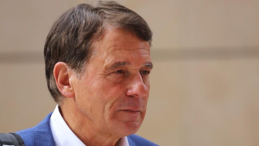 """Pancarte anti-téléphérique à Francheville : l'opposition """"dénonce fermement l'attitude du maire"""", Michel Rantonnet répond"""