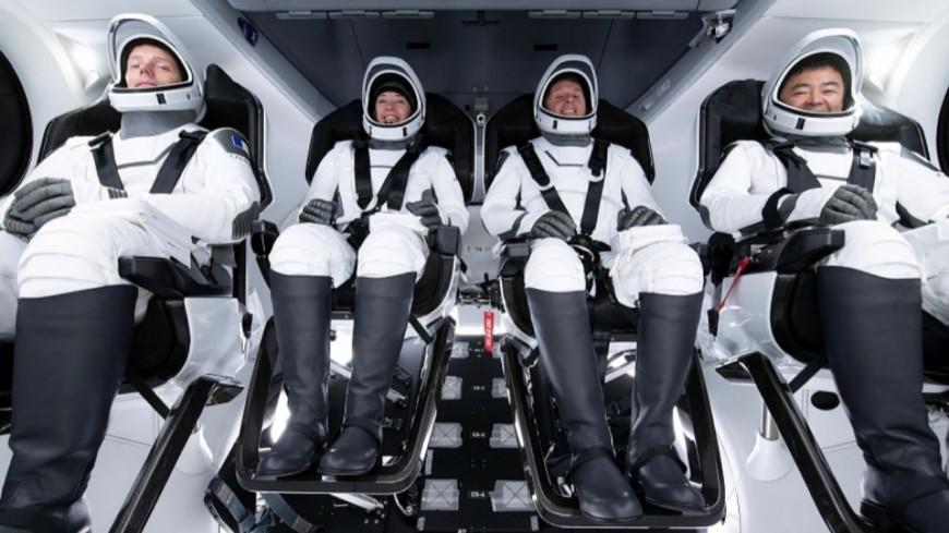 """Départ de Thomas Pesquet vers l'ISS vu de Lyon : """"Ça fait du bien au moral de voir ça"""""""