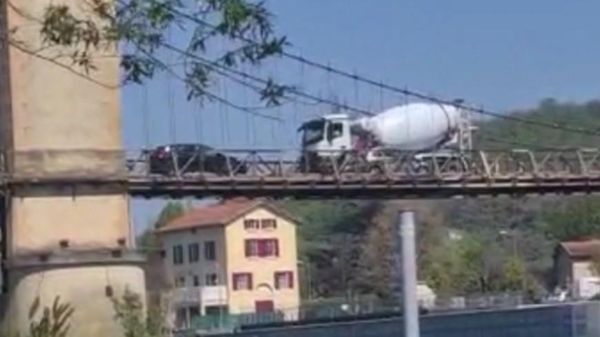 Près de Lyon : le pont de Couzon fermé après le passage d'un camion de plus de 20 tonnes
