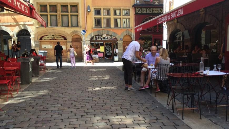 Réouverture des restaurants à Lyon : la Ville annonce la gratuité des extensions de terrasses