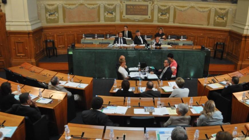 Départementales dans le Rhône : le maire de Gleizé prêt à faire capoter les plans du président sortant ?