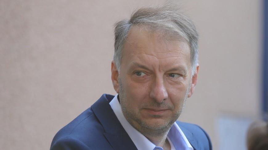 """Métropole de Lyon : Bruno Bernard estime que """"les attaques"""" contre les écologistes """"sont pilotées par l'Elysée"""""""