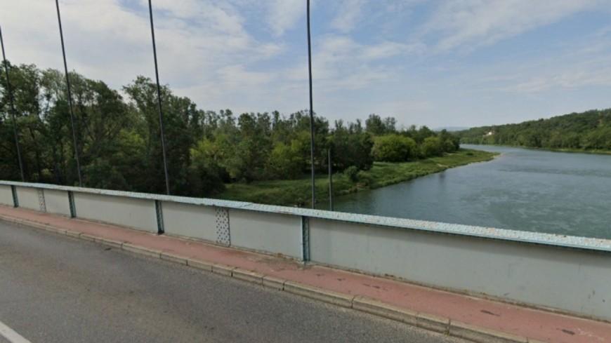 Pont de Vernaison : des contrôles de gendarmerie renforcés avant une mise en sens unique