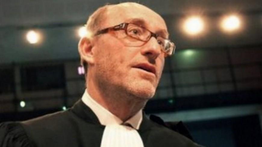 """Procès de Nordahl Lelandais : """"qu'ils aillent se faire foutre !"""", déclare Alain Jakubowicz à des journalistes souhaitant l'interviewer"""